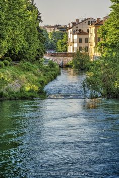 Waterway in Padua, Veneto, Italy http://www.vacationrentalpeople.com/vacation-rentals.aspx/World/Europe/Italy/Veneto