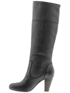 i love these. black boots that don't look like a witch's shoes!