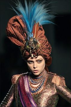 turban couture Elie Saab fall-winter 2007/08 Haute Couture show in Paris Wednesday, July 4th - Photo : Jacques Brinon/AFP