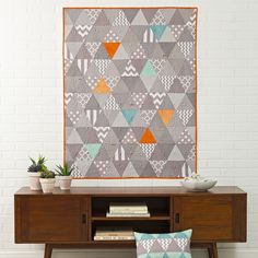 Triangle quilt free pattern  #gray #modern #design #sewing