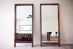 """Мастерская """"СИБИРЬ"""" 7(908)821-11-01 Сергей.  Зеркала расширяют пространство вашего домашнего интерьера вносят в него больше света и воздуха.  Напольное зеркало классической прямоугольной формы  в раме из натурального массива дерева безусловно более функционально. Оно будет уместно смотреться в прихожей или в гостиной.  Чтобы сделать заказ пишите нашему менеджеру Вконтакте Семену Парфенову(vk.com/id296539568) или вы можете связаться напрямую с нашим директором : 79088211101 Сергей…"""
