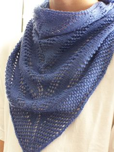 Free Pattern: Easy Peazy Scarf/Shawlette by Megan Delorme