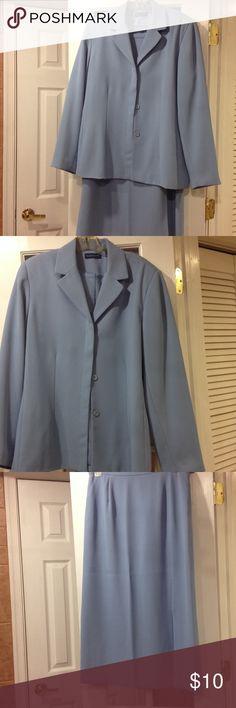 Karen Scott size 16 skirt suit good condition Karen Scott size 16 skirt suit good condition Karen Scott Jackets & Coats