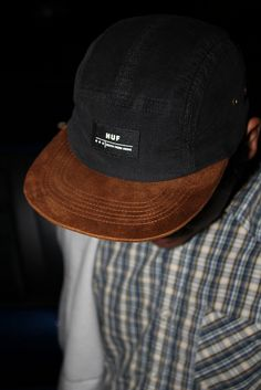 #CAPS Caps Game, Snap Backs, Huf, Urban, Fashion Outfits, Casual, How To Wear, Photography, Clothes