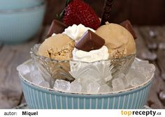 Kávová zmrzlina 2 recept - TopRecepty.cz Muffin, Goodies, Frozen, Ice Cream, Breakfast, Food, Sweet Like Candy, No Churn Ice Cream, Morning Coffee