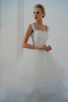 Prinsesse brudekjole med smukke brede stropper