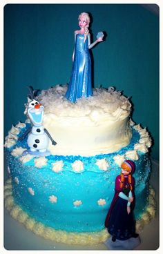 Disney Frozen Cake  Made by Linda Poteat :) #disneyfrozen