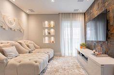 Aquele conforto que amamos numa sala de tv. Amei! Inspiração Via @decoreseuestilo Projeto Carolina Denani www.homeidea.com.br Face: /homeidea Pinterest: Home Idea #homeidea #arquitetura #ambiente #archdecor #archdesign #projeto #homestyle #home #homedecor #pontodecor #homedesign #photooftheday #interiordesign #interiores #picoftheday #decoration #revestimento #decoracao #architecture #archdaily #inspiration #project #regram #home #casa #grupodecordigital #salatv