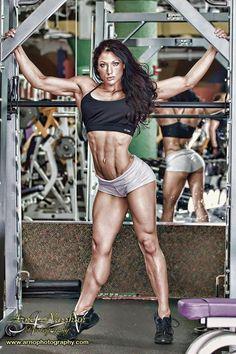 IFBB Figure Pro Candice Keene