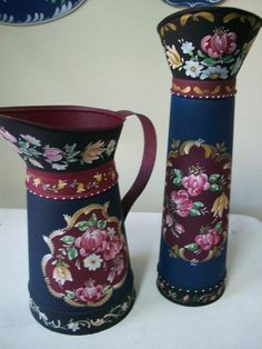 Decoration, Art Decor, Diy And Crafts, Arts And Crafts, Glue Gun Crafts, Tole Painting Patterns, Hearth And Home, Milk Cans, Metallic Paint