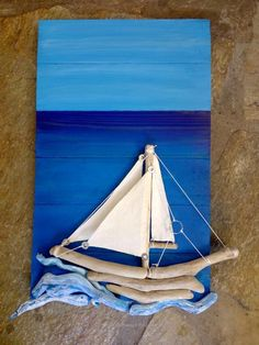 driftwood artand even more: Real wood artwork Driftwood Wall Art, Driftwood Projects, Driftwood Ideas, Driftwood Beach, Beach Art, Ocean Beach, Art Plage, Wood Artwork, Painted Leaves