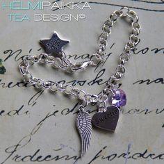 Amulettirannekoru Sweetie tekstisydämellä ja laventelin värisellä kristallisydämellä <3