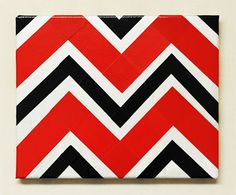 #DIY Duct Tape Chevron Canvas