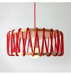 DIY Lámpara Fan.   ¡Te presentamos nuestro producto estrella! Con esta lámpara darás un toque especial y único a cualquier espacio de tu casa. Te damos a elegir entre varios colores de cuerda y cable para que decores tu hogar de la forma más original y creativa.
