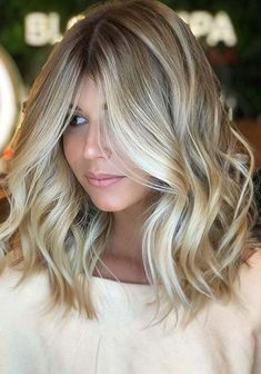 There are various tones and shades in hair colors when we talk about the unique hair colors to use in 2018. We have compiled here the amazing tones of blonde hair colors with various levels which are really fresh to sport in 2018. See here the various hair color levels to choose the best tones of blonde hair color.
