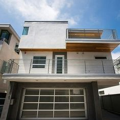 3 beds | 3.5 baths | 2,400 sq ft | 📱 Text 'LA24' to 555-888 for more information such as pricing, or if you're interested in this property! | 2014 built townhome for sale in Manhattan Beach's Sand Section. This is an exceptional property that features extra high-quality finishes, fixtures and workmanship throughout. The super hip and modern style is a perfect fit for anyone seeking a soft contemporary themed beach home. Just a few short blocks to the ocean, this is a wonderful beach…