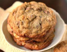 Chocolate Chip Toffee Walnut Cookies recipe makes 20 big, soft chewy cookies! Toffee Cookies, Raisin Cookies, Chocolate Chip Cookies, Chocolate Toffee, Bar Cookies, Oatmeal Cookies, Walnut Cookie Recipes, Walnut Cookies, Soft Batch Cookies