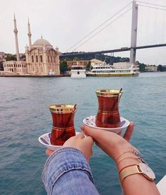 It's tea time! Enjoy the experience of having traditional Turkish tea with a breathtaking view! It's tea time! Enjoy the experience of having traditional Turkish tea with a breathtaking view! City Aesthetic, Travel Aesthetic, Turkey Pics, Istanbul Guide, Places To Travel, Places To Visit, Istanbul Travel, Istanbul City, Turkish Tea