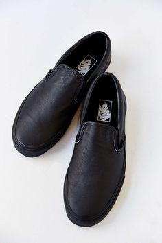 90bdfaf921e103 Vans Classic Premium Leather Slip-On Men s Sneaker Vans Slip On Black