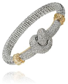 60 years of marriage shouldn't be celebrated any other way than with a #diamond Alwand #Vahan Love #Knot!