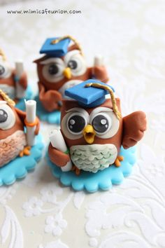 Owl Graduation Fondant Cupcake Toppers by mimicafe Union
