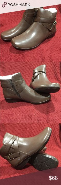 Naturalizer Women's Booties Brown Naturalizer women's booties, brand new, never worn. These shoes are size 10W. Naturalizer Shoes Ankle Boots & Booties