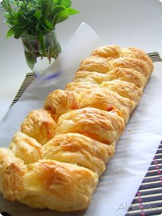 Food Network Recipes, Food Processor Recipes, Cooking Recipes, Pastry Cook, Greek Pastries, Homemade Soft Pretzels, Greek Cooking, Savoury Baking, Appetisers