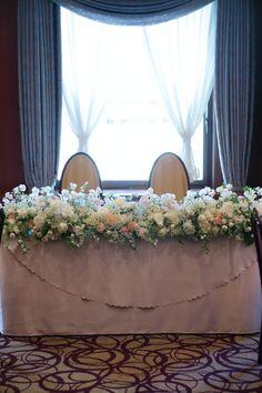冬の装花 如水会館様へ スイートピーと雪景色 : 一会 ウエディングの花