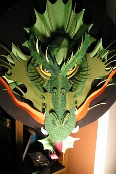 a Cardboard Dragon! Make your own Origami Dragon, doubt I would have the patience but man that is cool!Make your own Origami Dragon, doubt I would have the patience but man that is cool! Origami 3d, Origami Dragon, Origami Folding, Paper Folding, Dragon Birthday, Dragon Party, Fun Crafts, Crafts For Kids, Dragon Mask