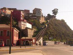Ascensor Cerro Artillería, Valparaíso Chile