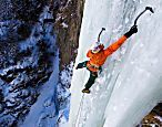 Sein Freund stürzte vor seinen Augen ab: Bergsport-Star spricht über Himalaya-Tragödie
