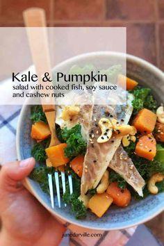 Easy Kale Salad with Pumpkin & Fish Healthy Recipe Videos, Healthy Chicken Recipes, Seafood Recipes, Healthy Dinner Recipes, Pumpkin Salad, 21 Day Fix, Feta, Crockpot, Crock Pot