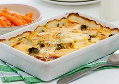 Cheesy Vegetable Bake with Honey Glazed Carrots recipe - Easy Countdown Recipes Vegetable Bake, Vegetable Dishes, Vegetable Recipes, Glazed Carrots Recipe Easy, Cheap Meals, Easy Meals, Delicious Desserts, Yummy Food, Healthy Food