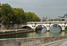 Paris River Bridge Neuf