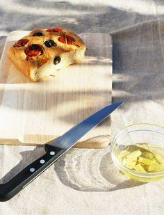 Foccacia - czyli co zrobic z reszta ciasta do pizzy Butcher Block Cutting Board