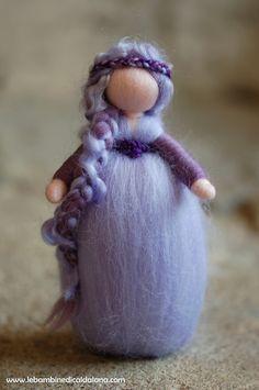 Bambole Waldorf - Clematis, in lana fiaba ispirazione Waldorf - un prodotto unico di Elena-Ribolzi su DaWanda