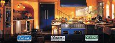 Viking appliances Viking Stove, Viking Kitchen, Viking Range, Kitchen Appliance Storage, Kitchen Appliances, Images Viking, Cobalt Blue Kitchens, White Kitchens, Vikings