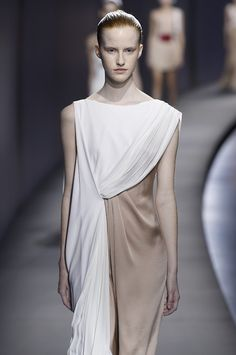 Goddess like draping in muted tones makes for a very covetable collection at@Vionnet_1912#SS15 #PFW