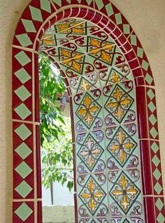 archway Handmade tiles can be colour coordinated and customized re. shape, texture, pattern, etc. by ceramic design studios Spanish Style Bathrooms, Spanish Bungalow, Spanish Style Homes, Spanish Revival, Spanish House, Spanish Design, Spanish Tile, Mediterranean Home Decor, Mediterranean Bathroom