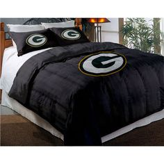 hmmmm...suddenly I have a new idea for my next bedroom decor....