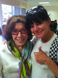 Lilly Tomlin(plays McGee's grandmother)and Pauley Perrette Ncis Rules, Anthony Dinozzo, Ziva And Tony, Marine Corps Birthday, Ncis Abby, Abby Sciuto, Pauley Perrette, Michael Weatherly, Hollywood Photo