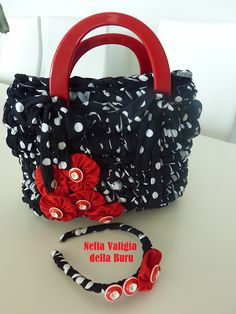 Crochet bag DIY  TUTORIAL:YES  beautiful bag!please check out our website.http://bax.fi