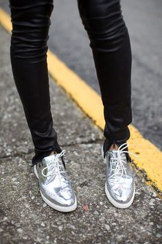 Silver brogues and black leather skinnies. Via Know your rights
