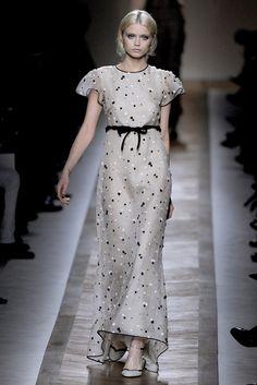 Spring 2011 Ready-to-Wear - Valentino
