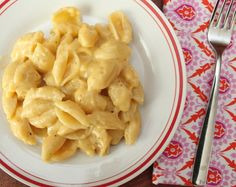 Easy homemade version of Kraft Mac & Cheese but healthier!