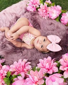 Boho Baby Strampler – Mauve – Strawbaby Co – Strampler … – Babys – Schwanger – girl photoshoot poses Cute Baby Girl, Baby Girl Newborn, Cute Babies, Baby Girl Pictures, Newborn Pictures, Pictures Of Babies, Outside Baby Pictures, Baby Monthly Pictures, 3 Month Old Baby Pictures