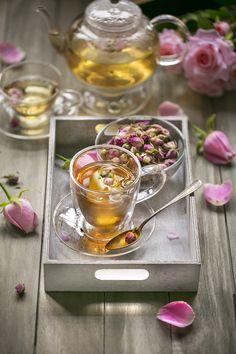 Healtealiving menyajikan teh kesehatan HALAL by MUI). Rosen Tee, Momento Cafe, Café Chocolate, Pause Café, Fruit Tea, Mint Tea, Chamomile Tea, Flower Tea, Tea Art