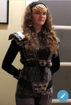 Klingon Empire, Star Trek Starships, Star Trek Universe, Red And Blue, To My Daughter, Dress Up, Cosplay, Superhero, Sexy