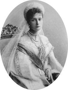 1899 Empress Alexandra detint