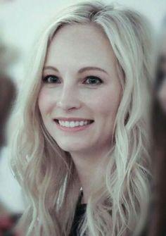 Serie The Vampire Diaries, Vampire Diaries The Originals, Stefan Salvatore, Candice Accola Wedding, Vampire Boy, Candice King, Stranger Things Funny, Caroline Forbes, Wedding Humor